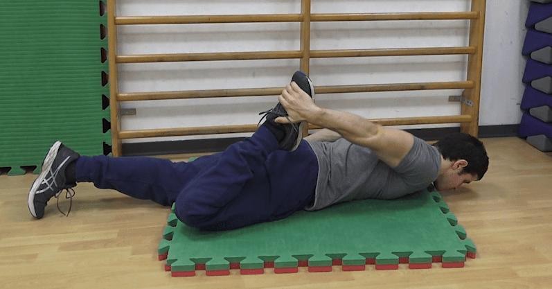 Esercizio 8 - stretching quadricipite