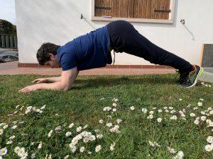 Errore esecuzione plank sedere alto